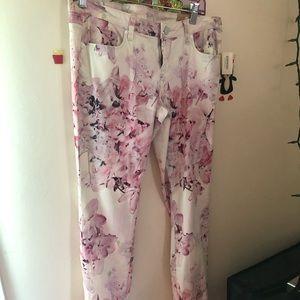 Aeropostale Floral Jegging Pants